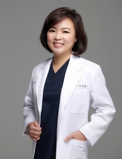 蔡青穎 醫師